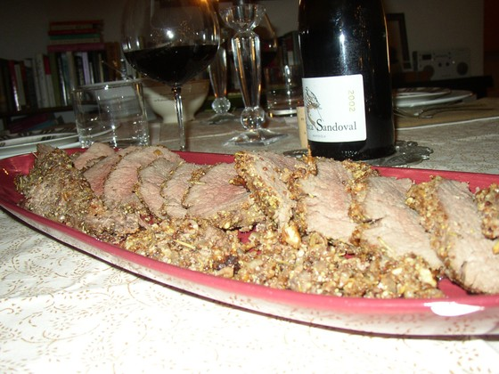 Pecan_crusted_beef_tenderloin